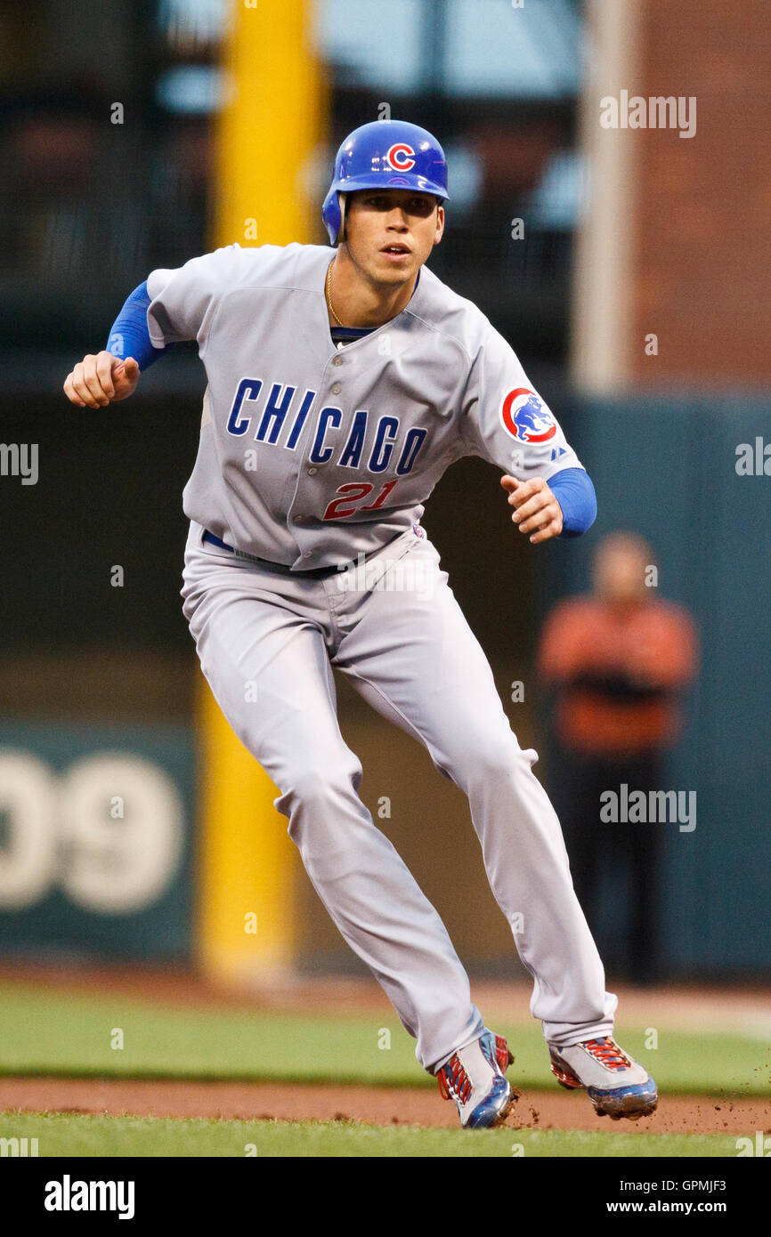 August 11, 2010; San Francisco, CA, USA;  Chicago Cubs right fielder Tyler Colvin (21) leads off first base before - Stock Image