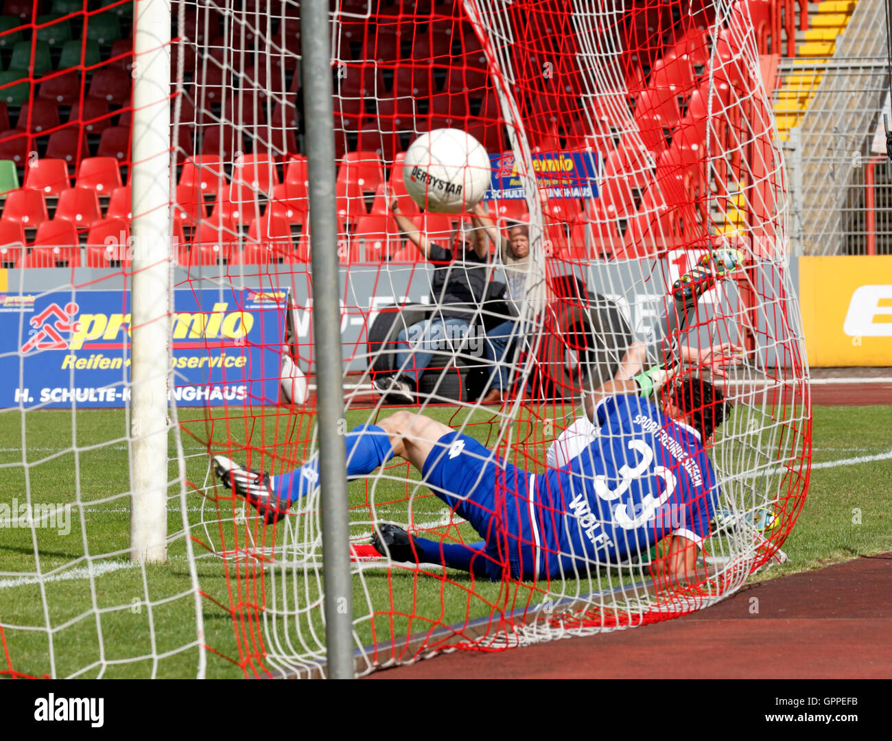 sports, football, Regional League West, 2016/2017, Rot Weiss Oberhausen versus Sportfreunde Siegen 7:1, Stadium - Stock Image