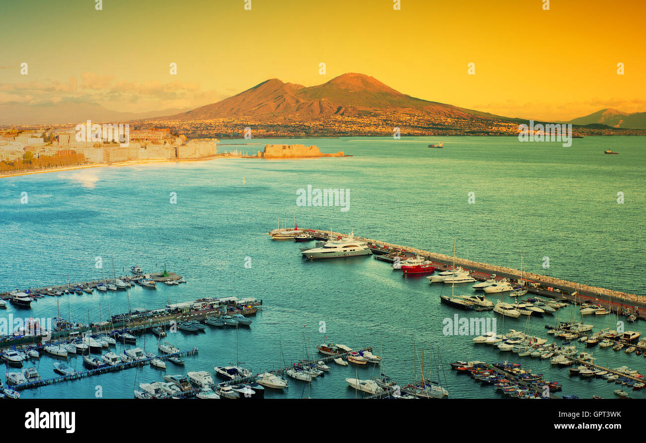 view of the Bay of Naples with Vesuvius in the background - Stock Image