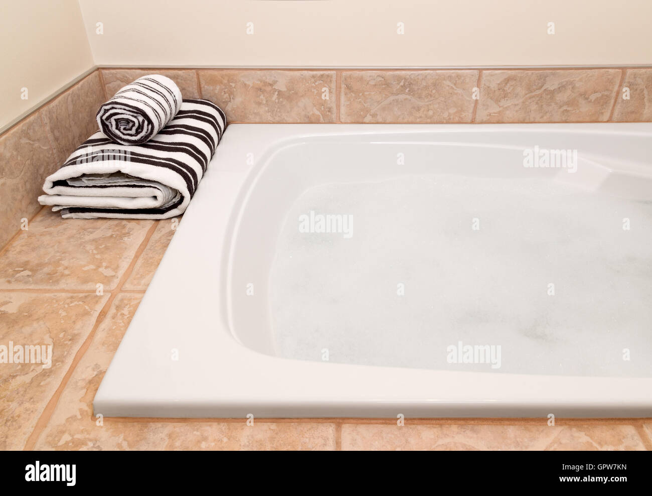 Bath Towels Lifestyle Stock Photos & Bath Towels Lifestyle Stock ...