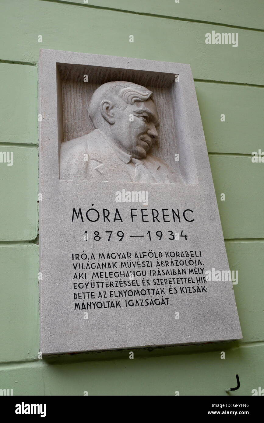 Commemorative plaque to novelist and journalist Mora Ferenc, Castle District, Budapest, Hungary - Stock Image