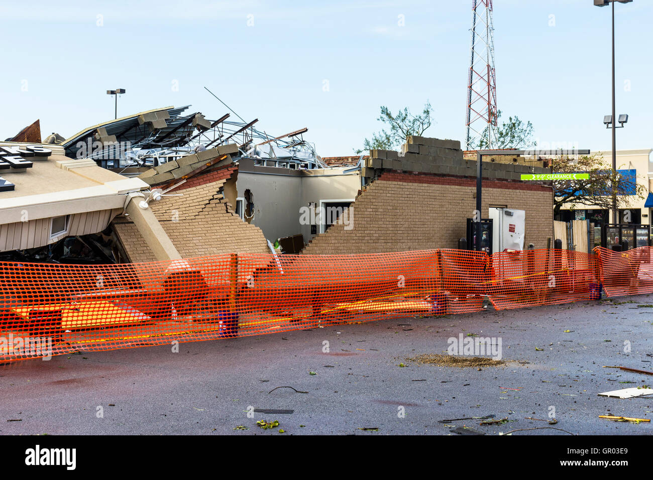 Kokomo - August 24, 2016: Several EF3 tornadoes touched down, one of which destroyed a local Starbucks 2 - Stock Image