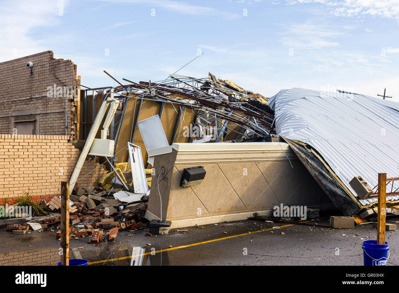 Kokomo - August 24, 2016: Several EF3 tornadoes touched down, one of which destroyed a local Starbucks 7 - Stock Image