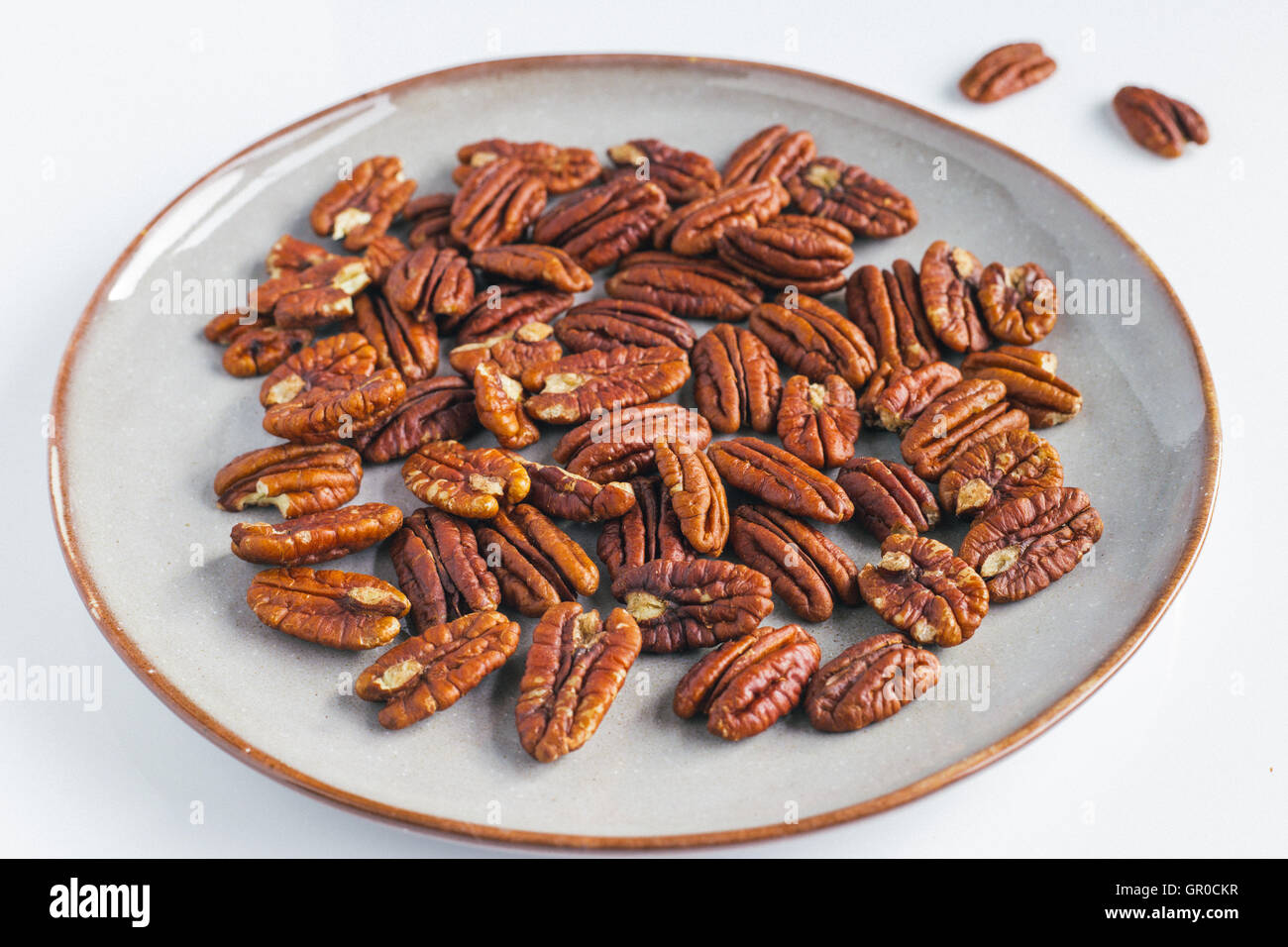 Whole pecans - Stock Image
