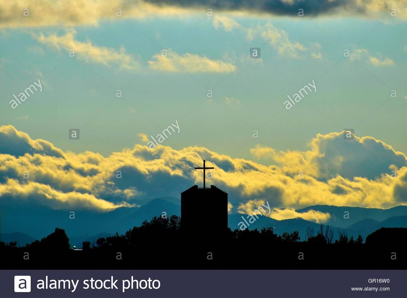 Zagreb,Croatia.05 Sep 2016. Croatia Weather: Dramatic sky over Zagreb. Credit:  Alen Gurovic/Alamy Live News - Stock Image