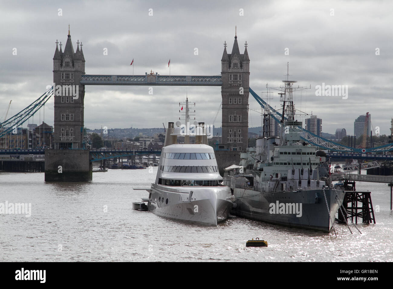 London UK. 6th September 2016. A 300 million dollar superyacht by  Russian billionaire Andrey Melnichenko sailed - Stock Image