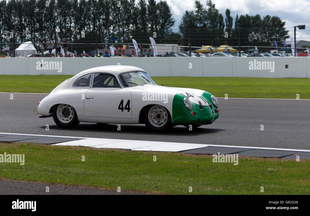 Gareth Burnett driving a 1954, Porsche 356 Pre-A during  qualification for the RAC Tourist Trophy for Historic Pre - Stock Image
