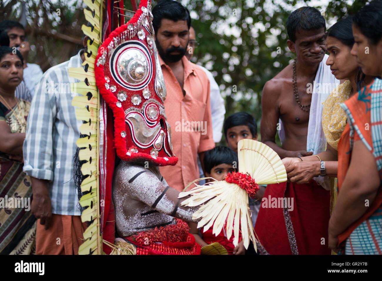 Kerala Dress Stock Photos & Kerala Dress Stock Images - Alamy