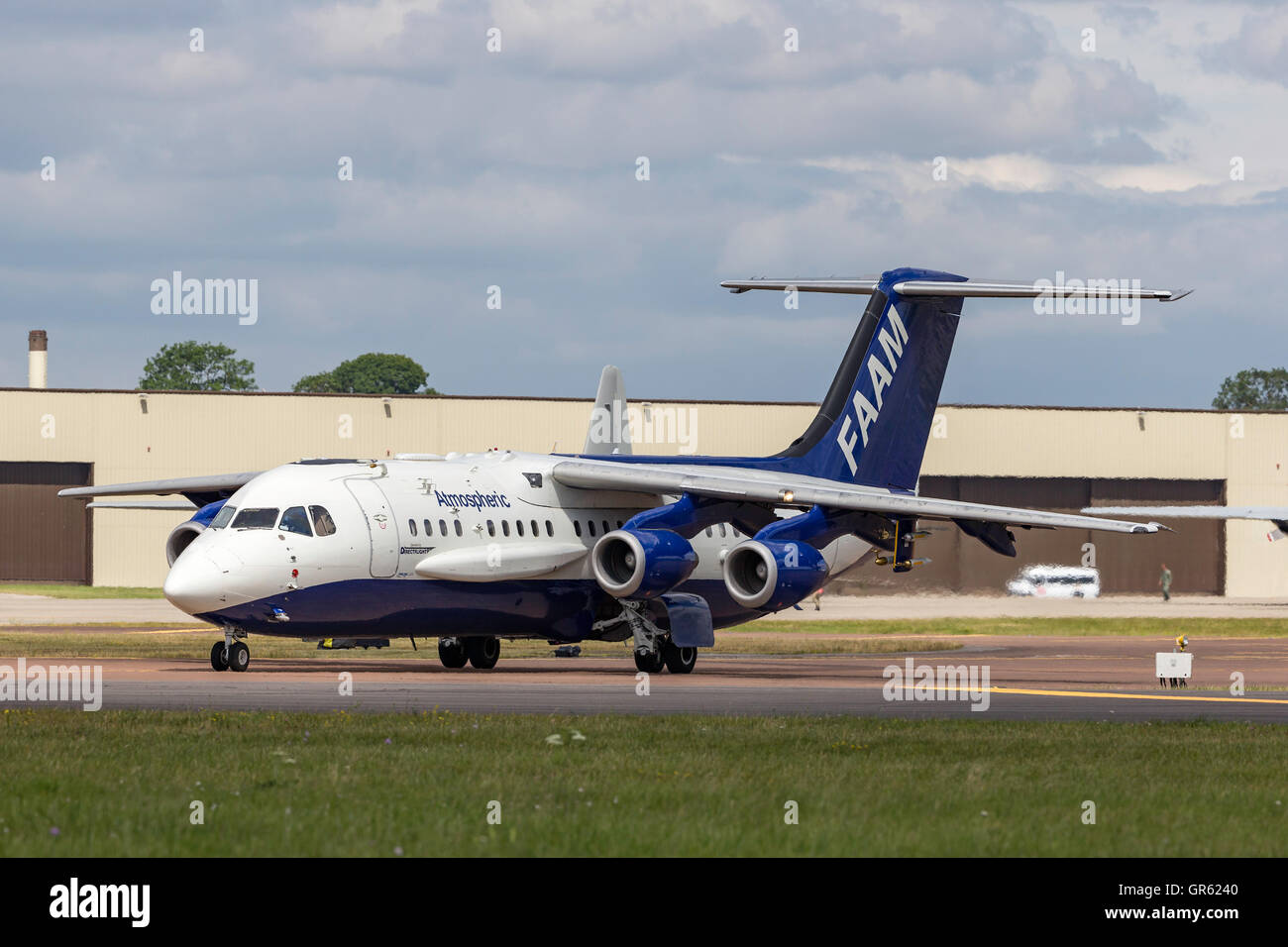 Facility for Airborne Atmospheric Measurements (FAAM) British Aerospace BAe-146-301ARA atmospheric research aircraft - Stock Image