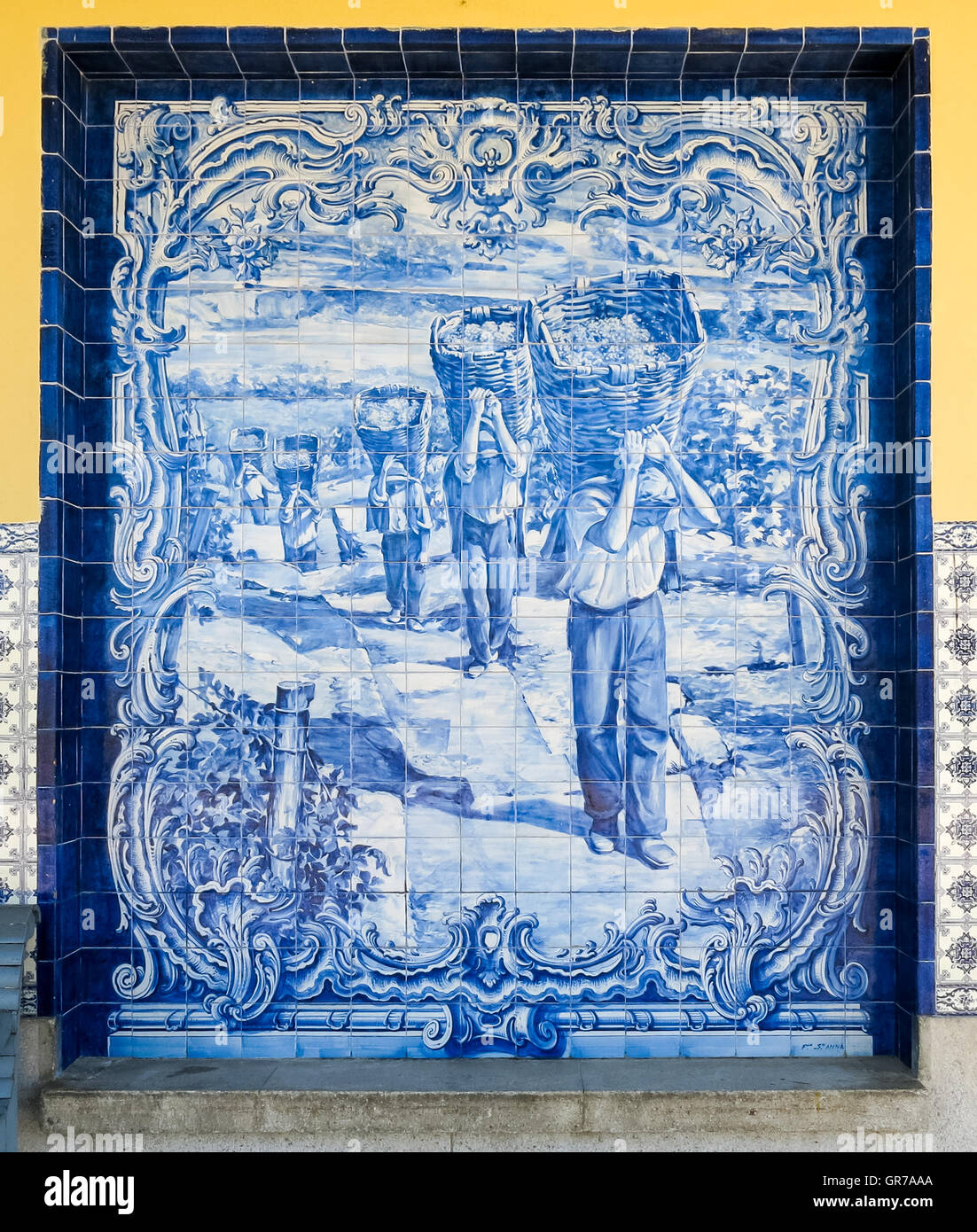 Panel with azulejos tilework on train station of Pocinho in River Douro valley near Spanish border in Portugal - Stock Image