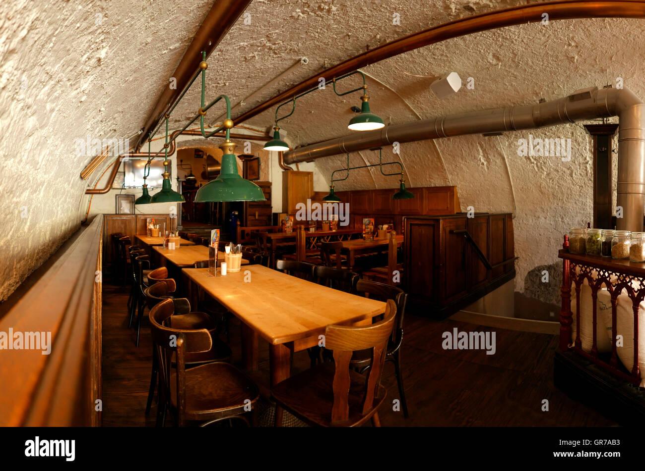 Brewery restaurant Bar Mainz Rheinland-pfalz Rhineland-Palatinate Germany Europe - Stock Image