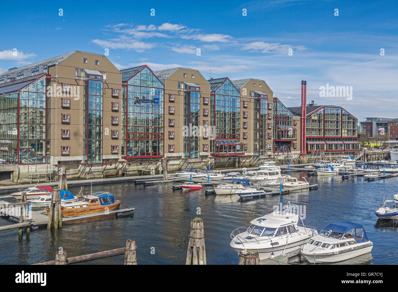 Besides The Old Traditional Warehouses Located In The Immediate Vicinity, This Modern Shopping Center - Stock Image