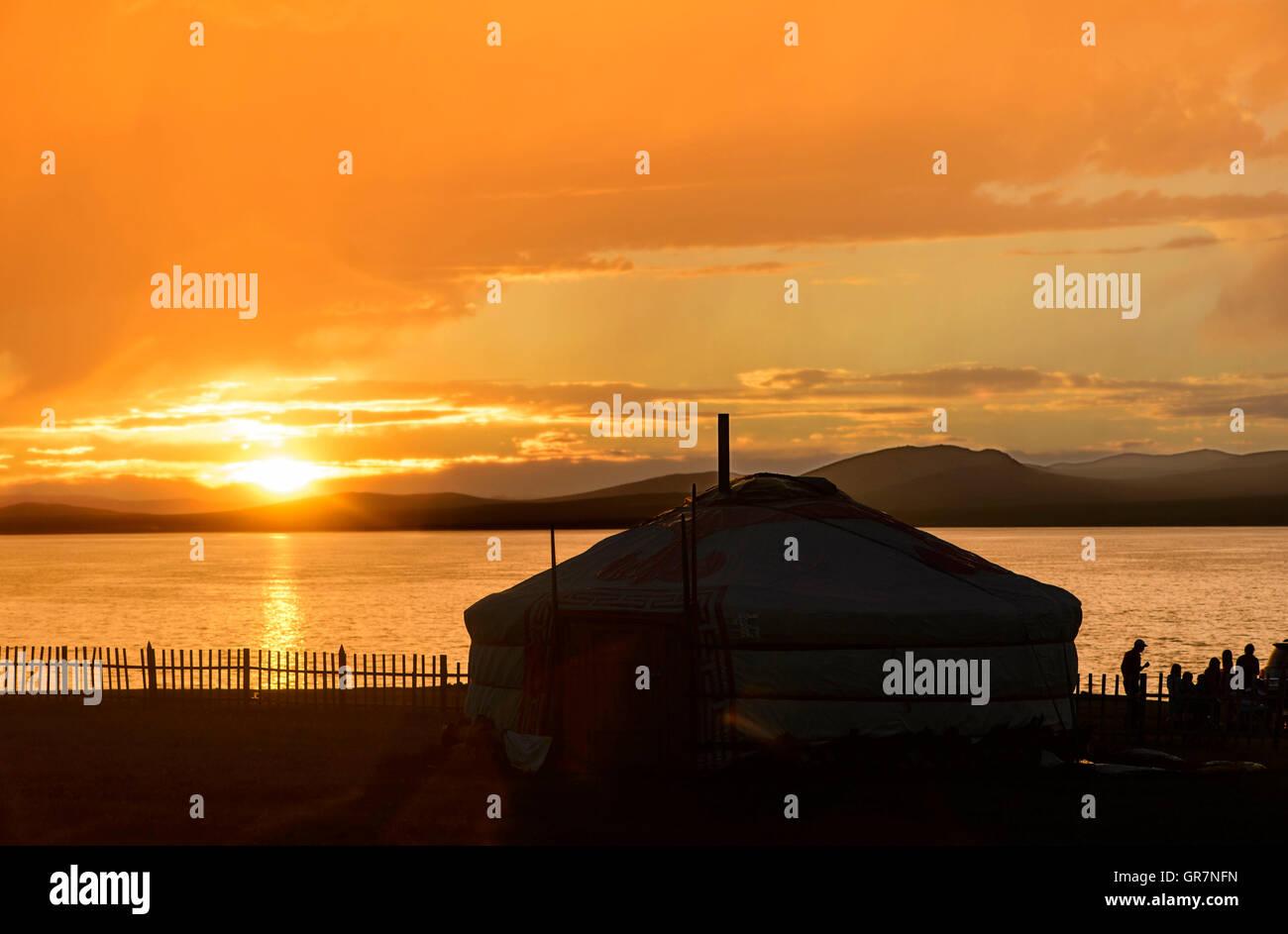 Sunset At Ger Camp Khatan Ugii At Ogii Nuur Lac, Arkhangai Aimag, Mongolia - Stock Image