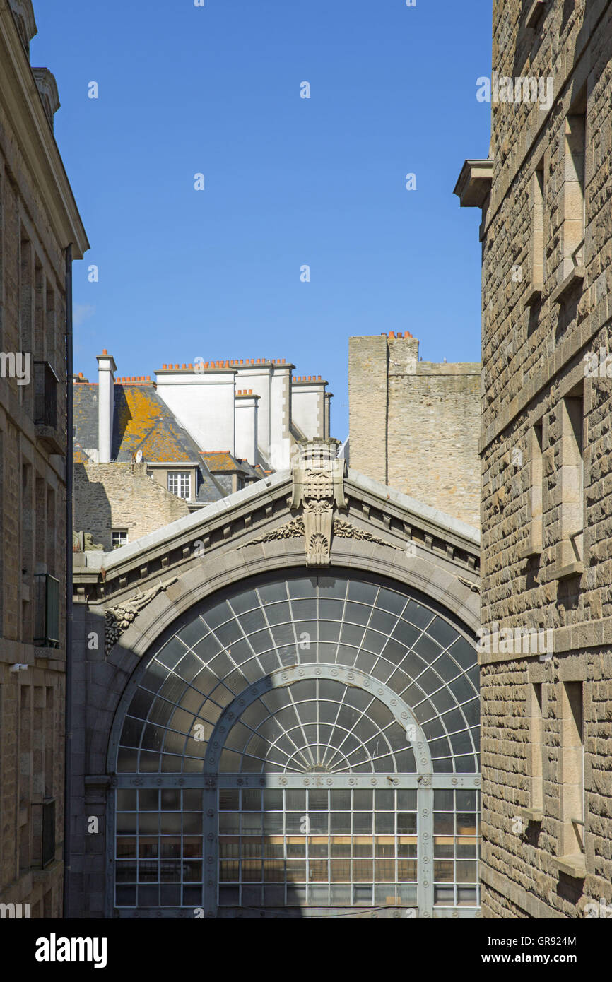 Market Hall And Houses In The Old Town Of Saint Malo, Brittany, France - Stock Image