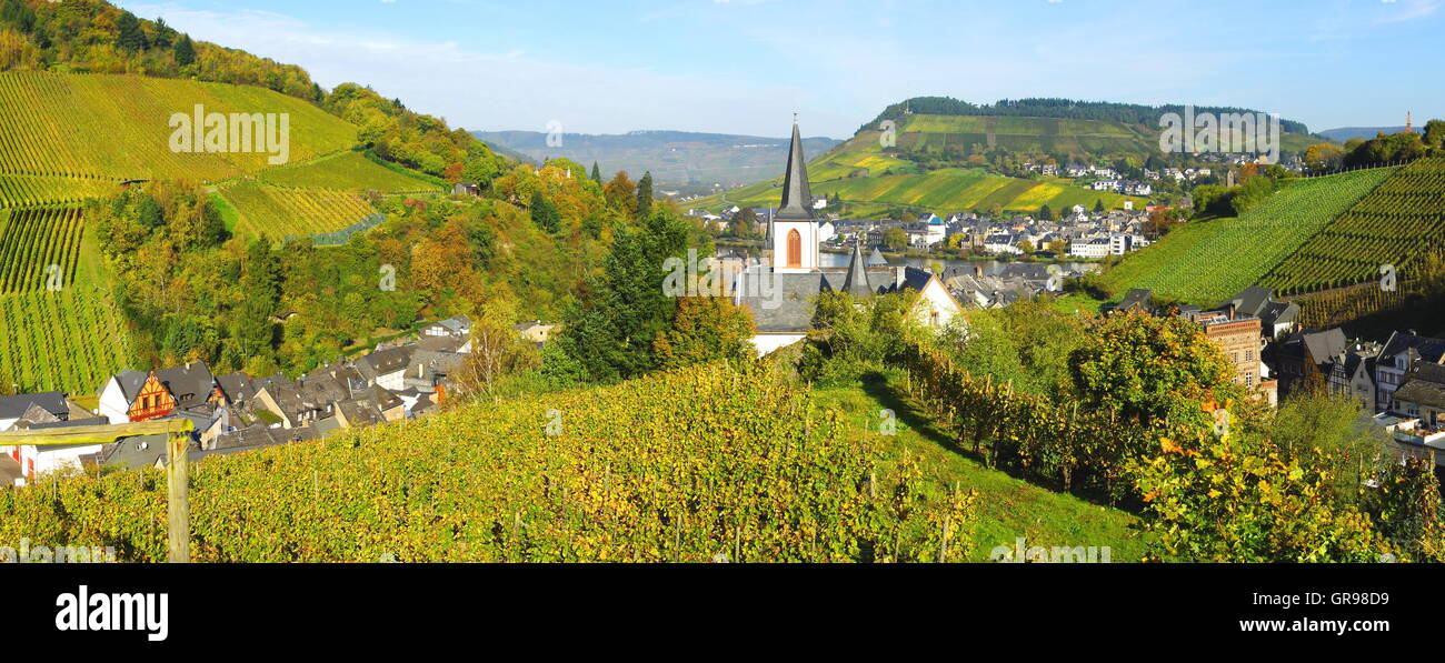 Twin Cities Traben-Trarbach On The Moselle Panorama From The Cemetery Trarbach - Stock Image