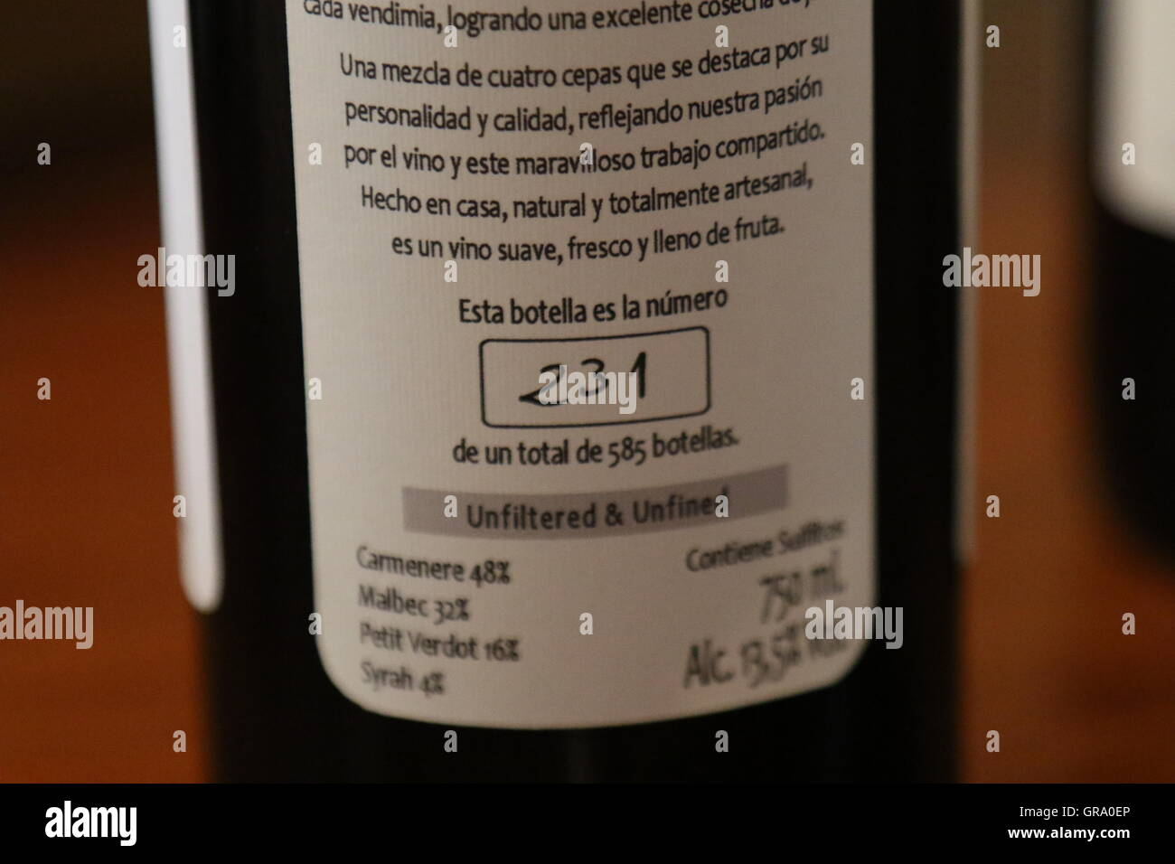 Label on a bottle of handcrafted limited production wine at Hoops by Caviahue Wines, Maipo Valley, Chile - Stock Image