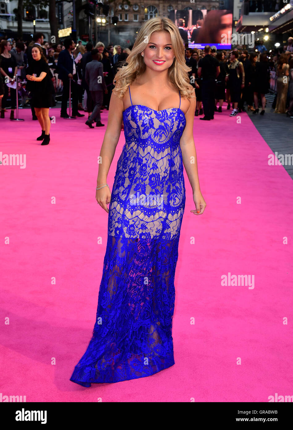Zara Holland attending the world premiere of Bridget Jones's Baby at the Odeon cinema, Leicester Square, London. Stock Photo