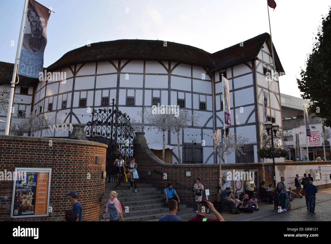 Shakespeare's Globe, Bankside, London UK - Stock Image