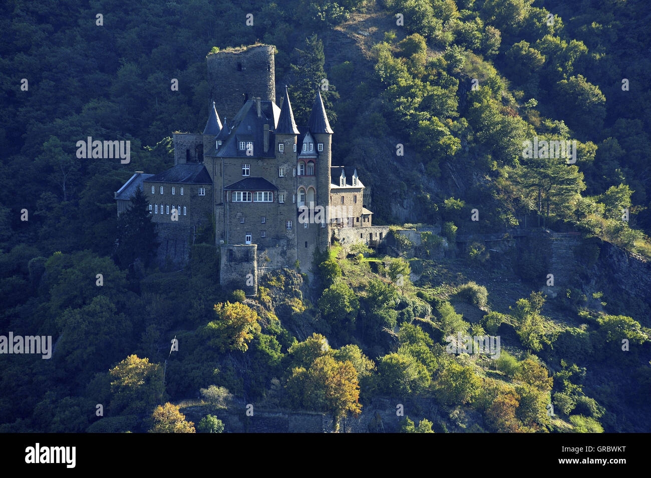 Castle Katz Touched By The First Morning Light, Upper Middle Rhine Valley, Germany - Stock Image