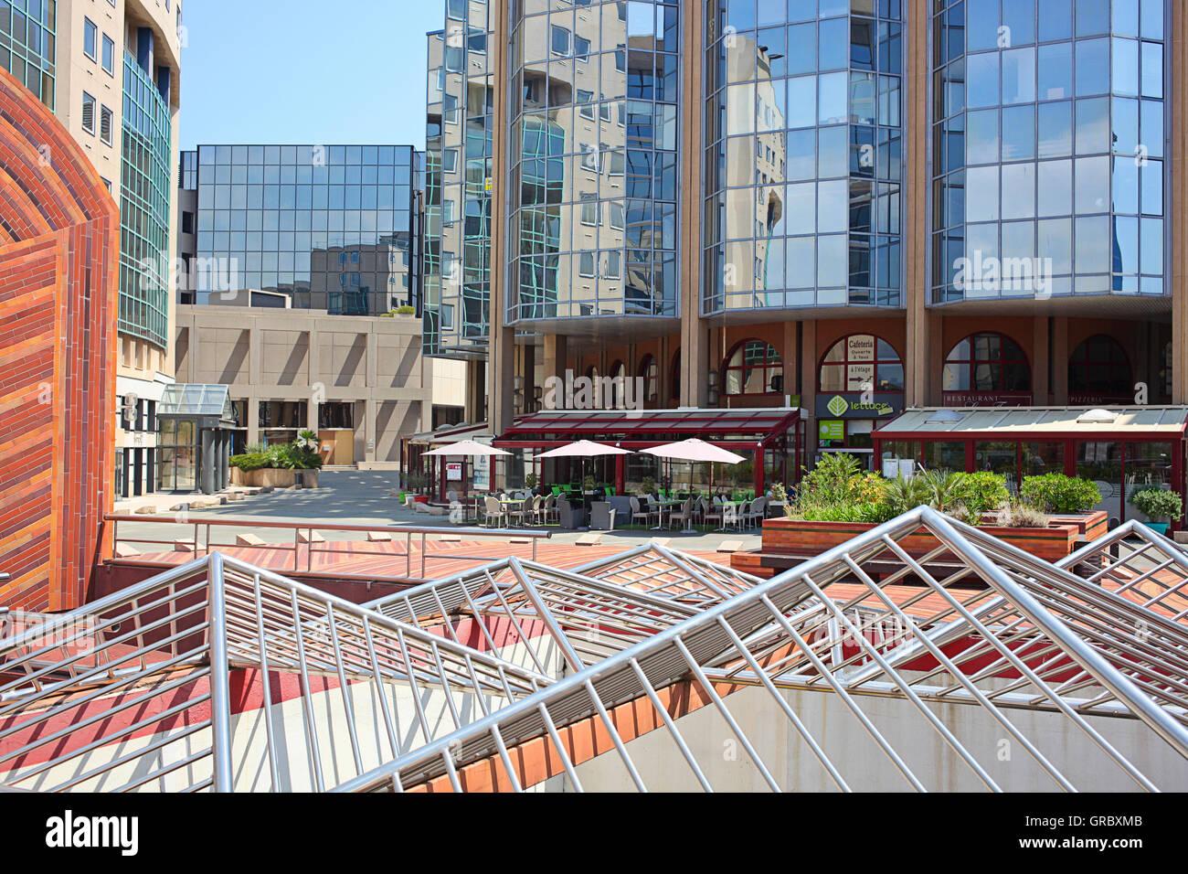 Porte De L'Arenas, Business center and office buildings - Stock Image