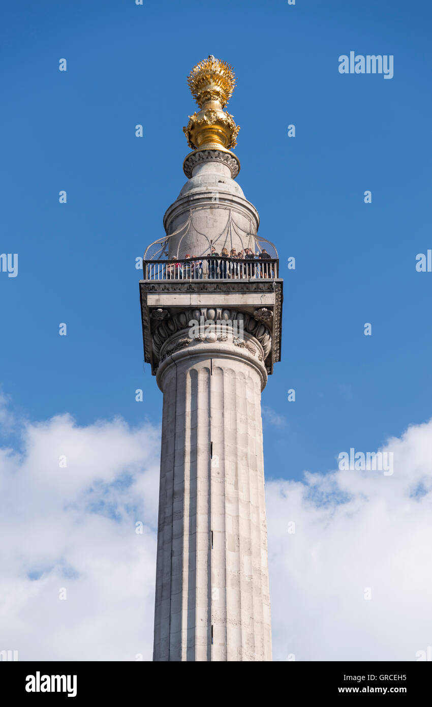 The Monument to the Great Fire of London,  a Doric column in the City of London, commemorates the Great Fire of - Stock Image