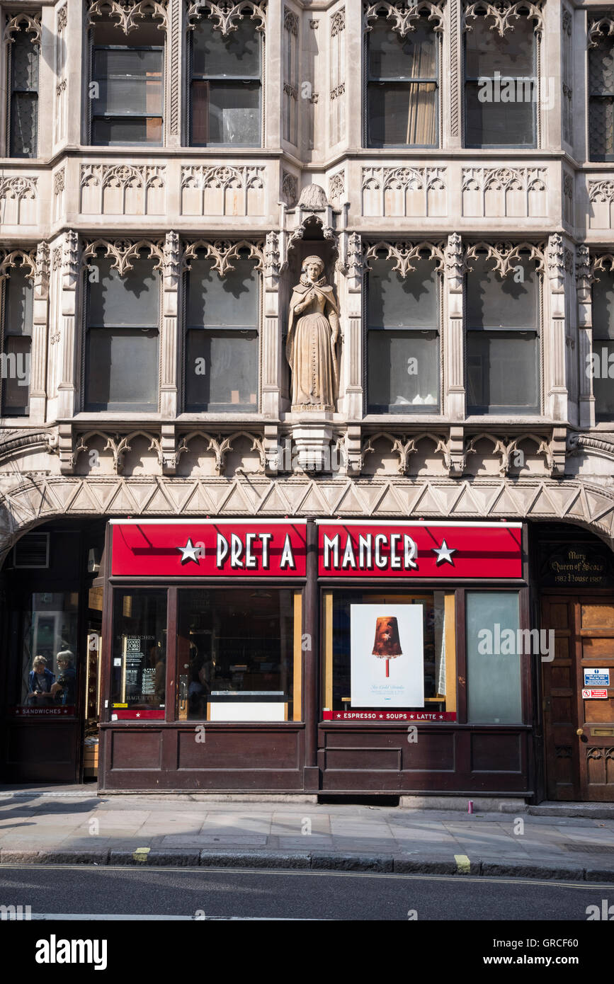 Pret a Manger coffee shop, Mary Queen of Scots House, Fleet Street, London. - Stock Image
