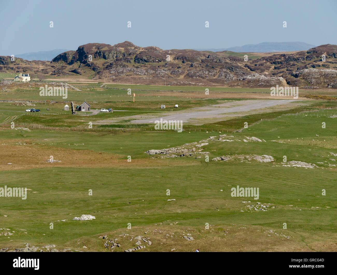 Colonsay aerodrome airstrip, Isle of Colonsay, Scotland, UK. - Stock Image