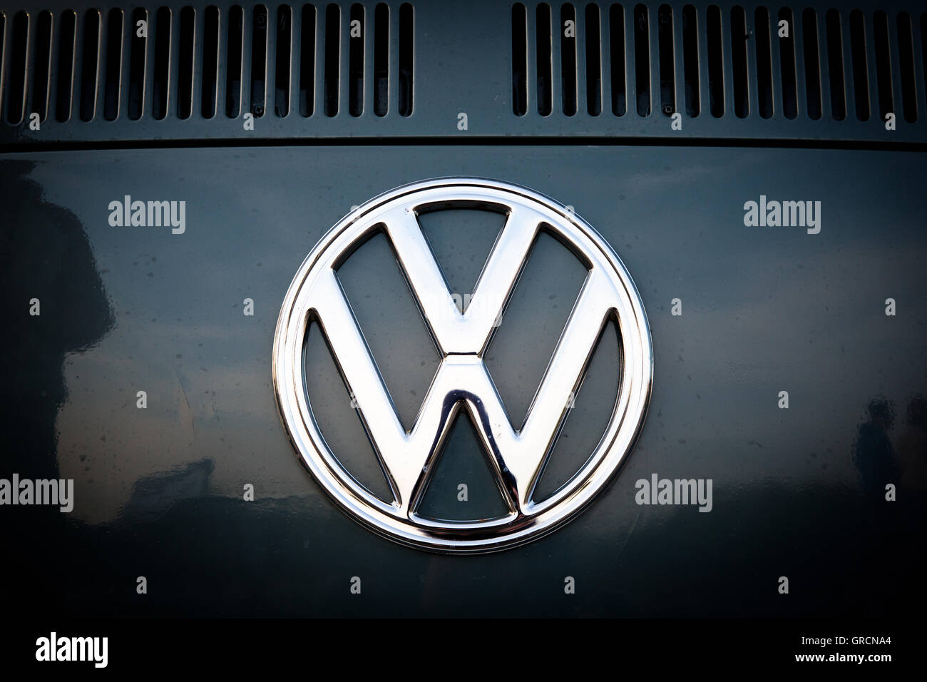Volkswagen Brand Logo On Vw Bus T2 - Stock Image
