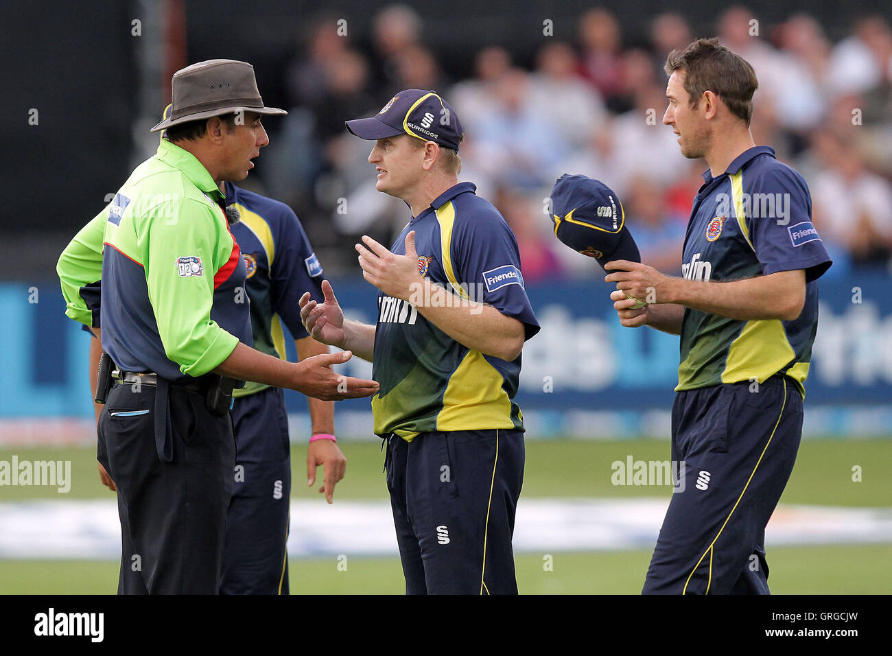 Scott Styris of Essex protests to umpire David Millns after the wicket of Darren Stevens is ruled out - Essex Eagles - Stock Image