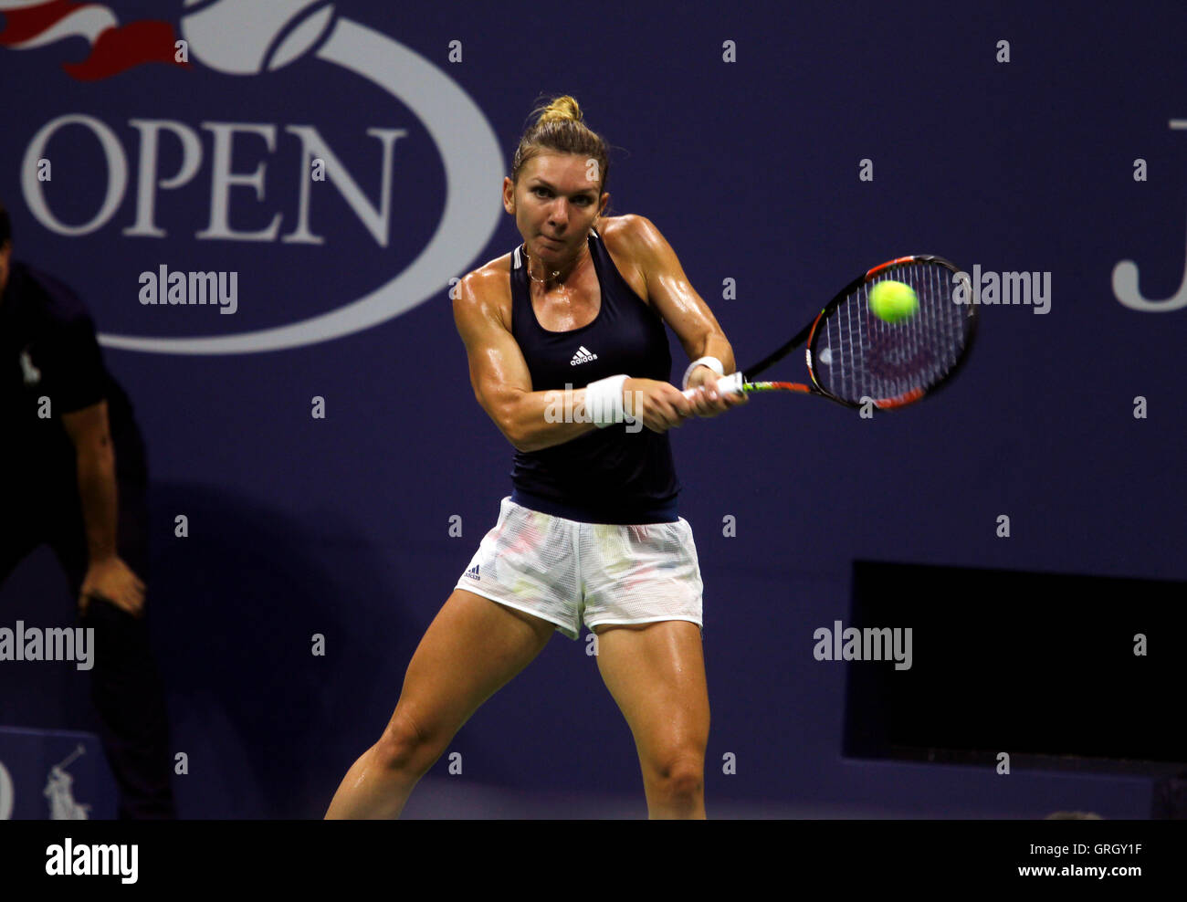 Flushing Meadows, New York, USA. 7th September, 2016. Simona Halep of Romania reacts to a point during her quarter - Stock Image