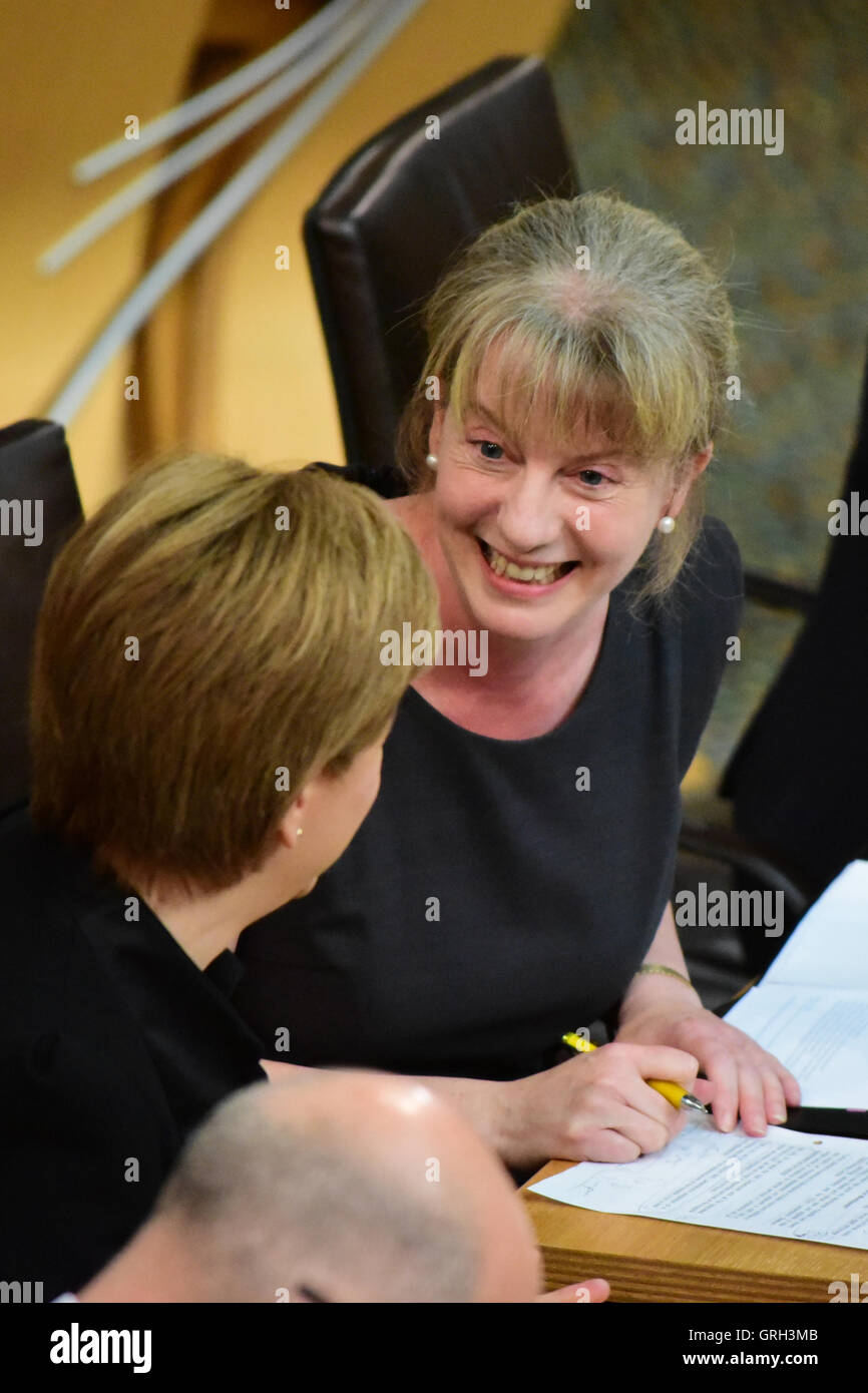 Edinburgh, Scotland, United Kingdom, 08, September, 2016. Health Secretary Shona Robison speaking during question Stock Photo