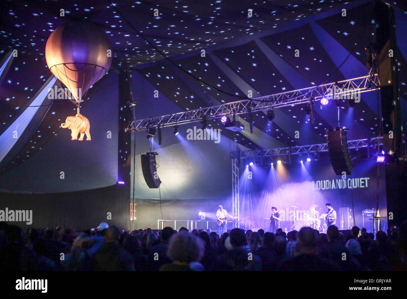 Weaves performing on the Big Top stage (featuring the festival's floating elephant) on day 2 of the 2016 End - Stock Image