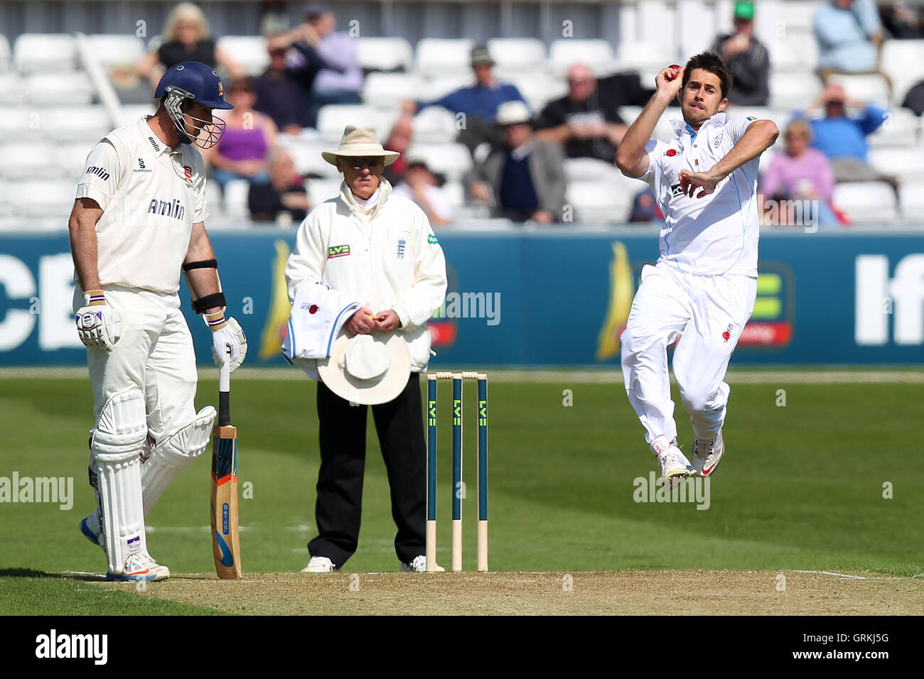 Tim Groenewald in bowling action for Derbyshire - Essex CCC vs Derbyshire CCC - LV County Championship Division - Stock Image
