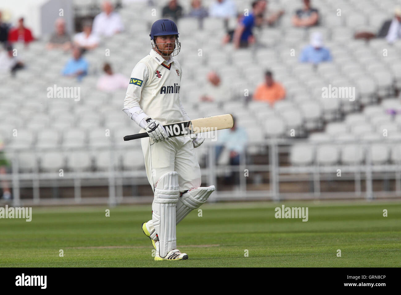Tim Phillips trudges off having been dismissed by Stephen Parry - Lancashire CCC vs Essex CCC - LV County Championship - Stock Image