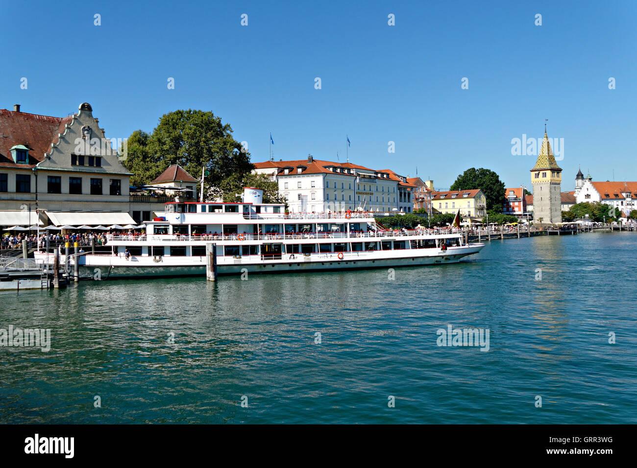 Passenger ferry and boardwalk harbor, Lindau, Swabia, Bavaria, Germany, Europe Stock Photo