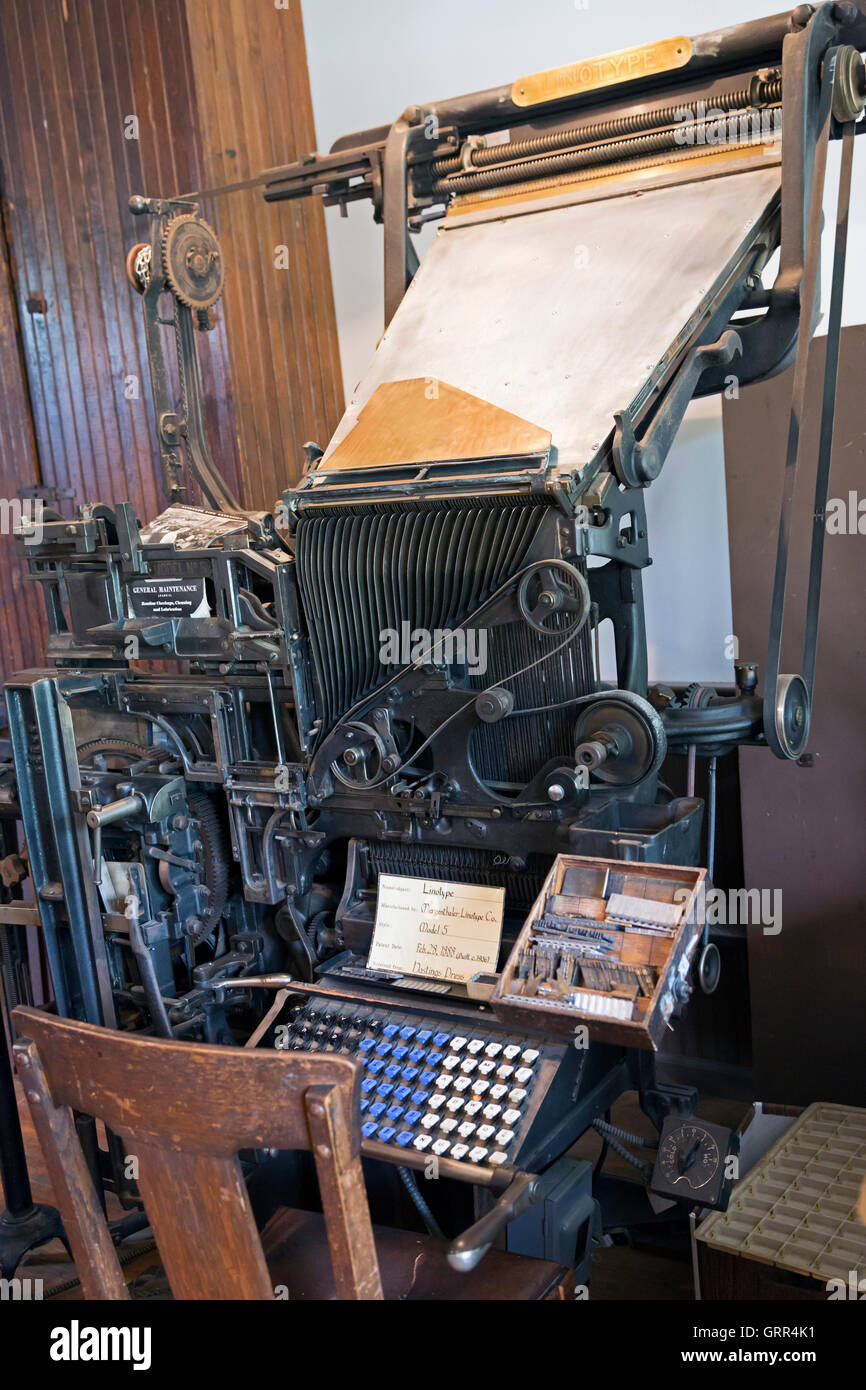 Hastings, Michigan - A linotype machine in the Thornapple Press Print Shop at historic Charlton Park village. - Stock Image