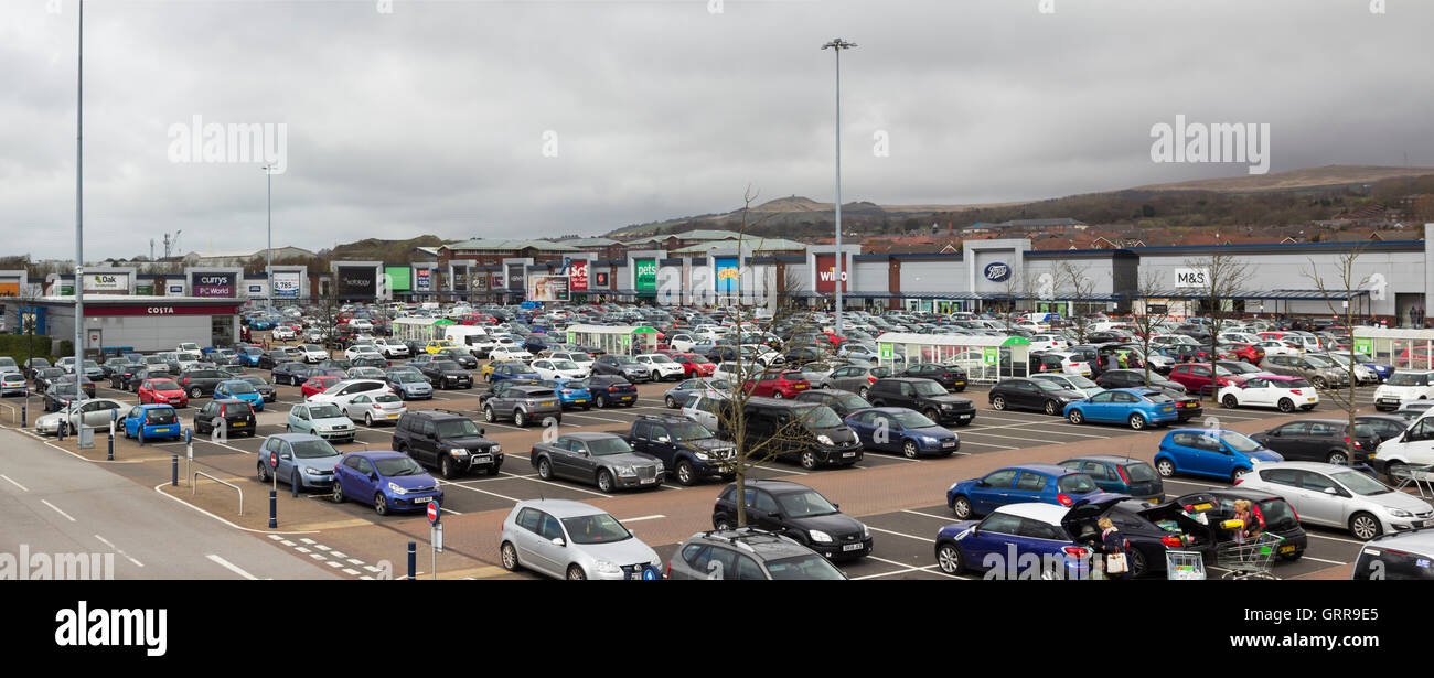 Panorama of the car park and stores at Middlebrook Retail and leisure Park, Horwich near Bolton. - Stock Image