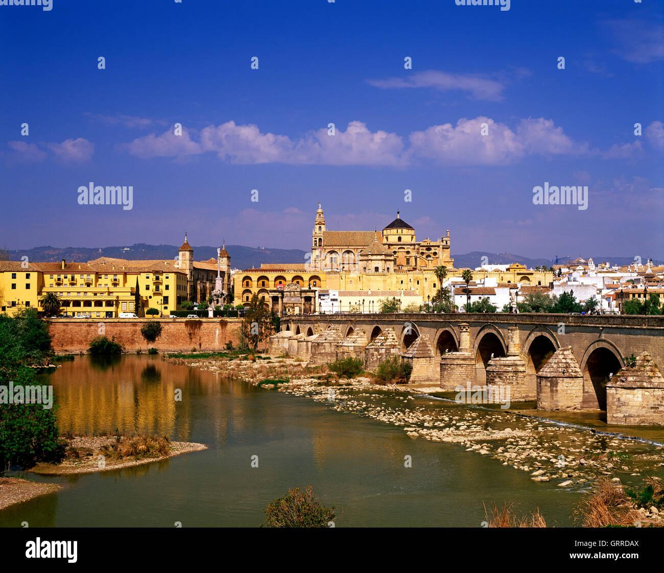 Roman Bridge and Cathedral, Cordoba, Andalucia, Spain Stock Photo
