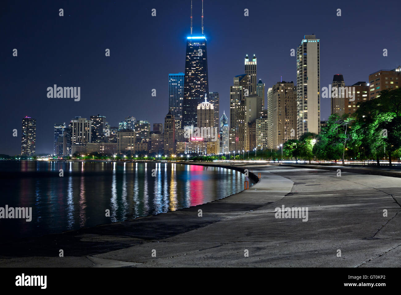 Chicago skyline. Image of the Chicago downtown lakefront at night. - Stock Image