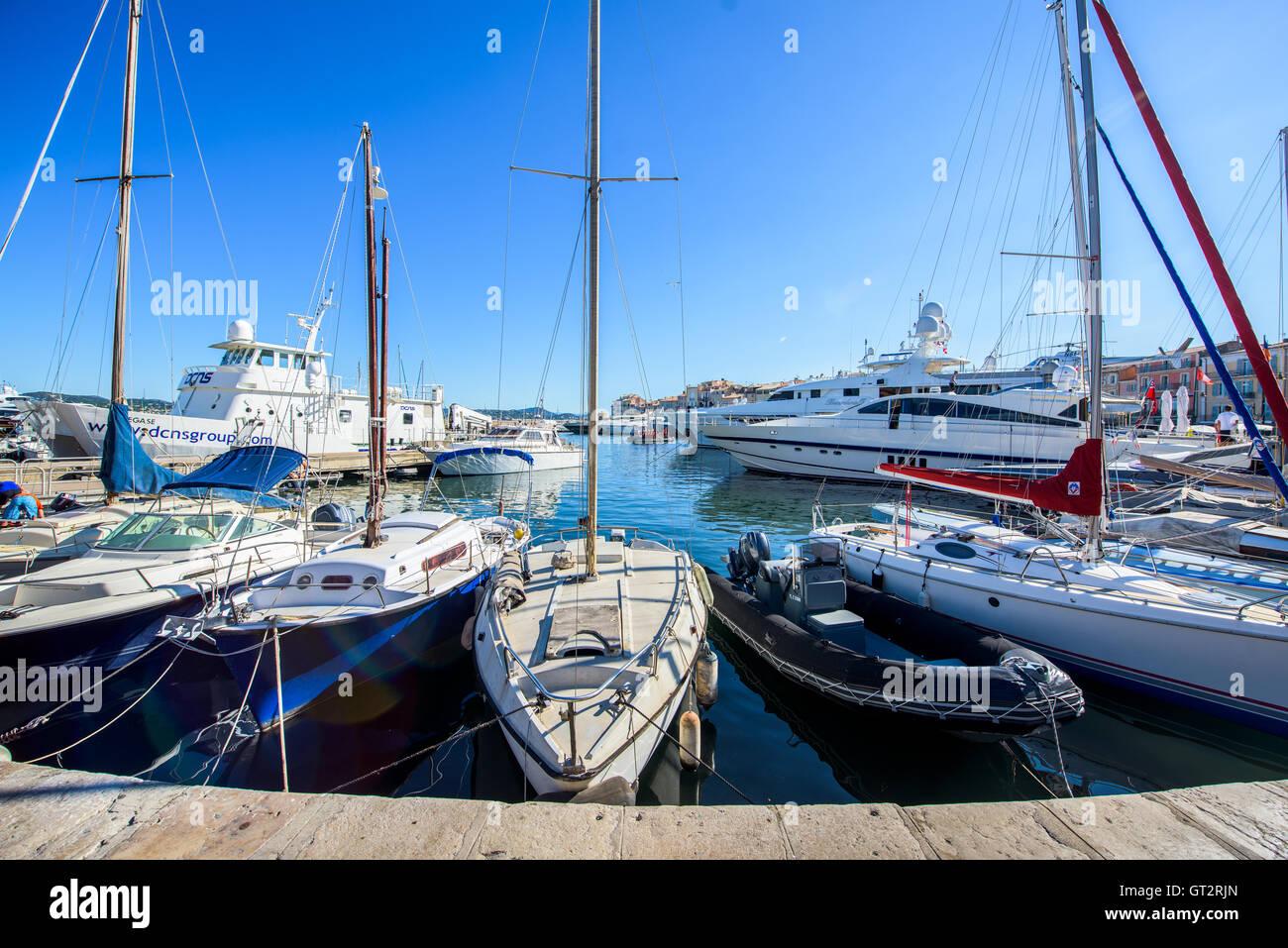 Saint Tropez Port Stock Photo 118076413 Alamy
