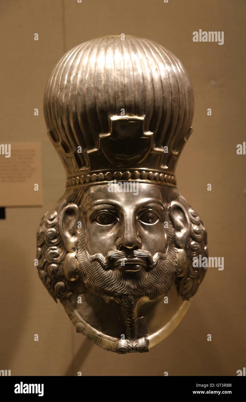 Head of a king. Silver, mercury gilding. Iran. Sasanian period. Royal portrait. 4th century A.D. - Stock Image