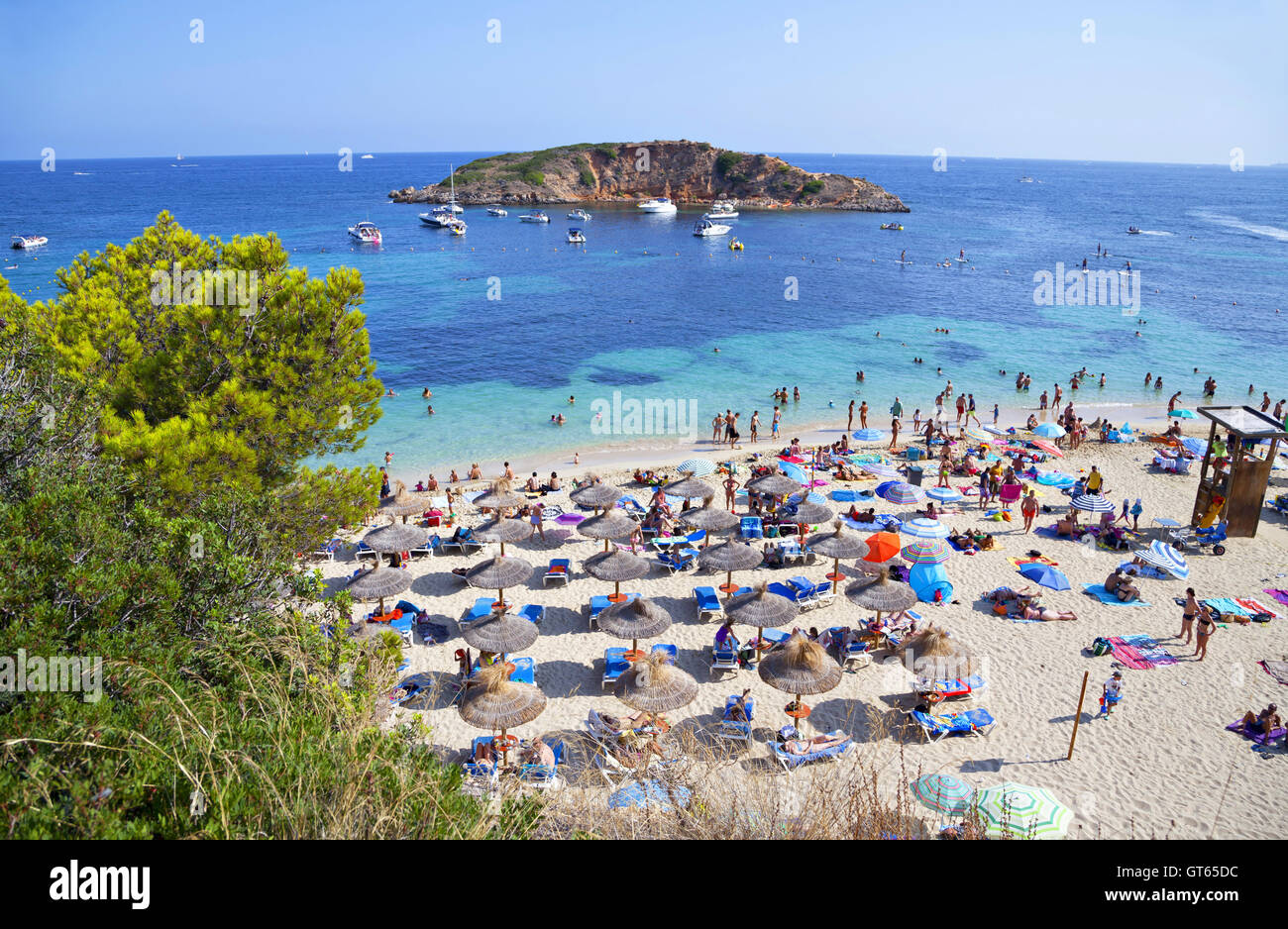 Well-known and popular Portals Nous (Playa Oratorio) beach in Majorca - Stock Image