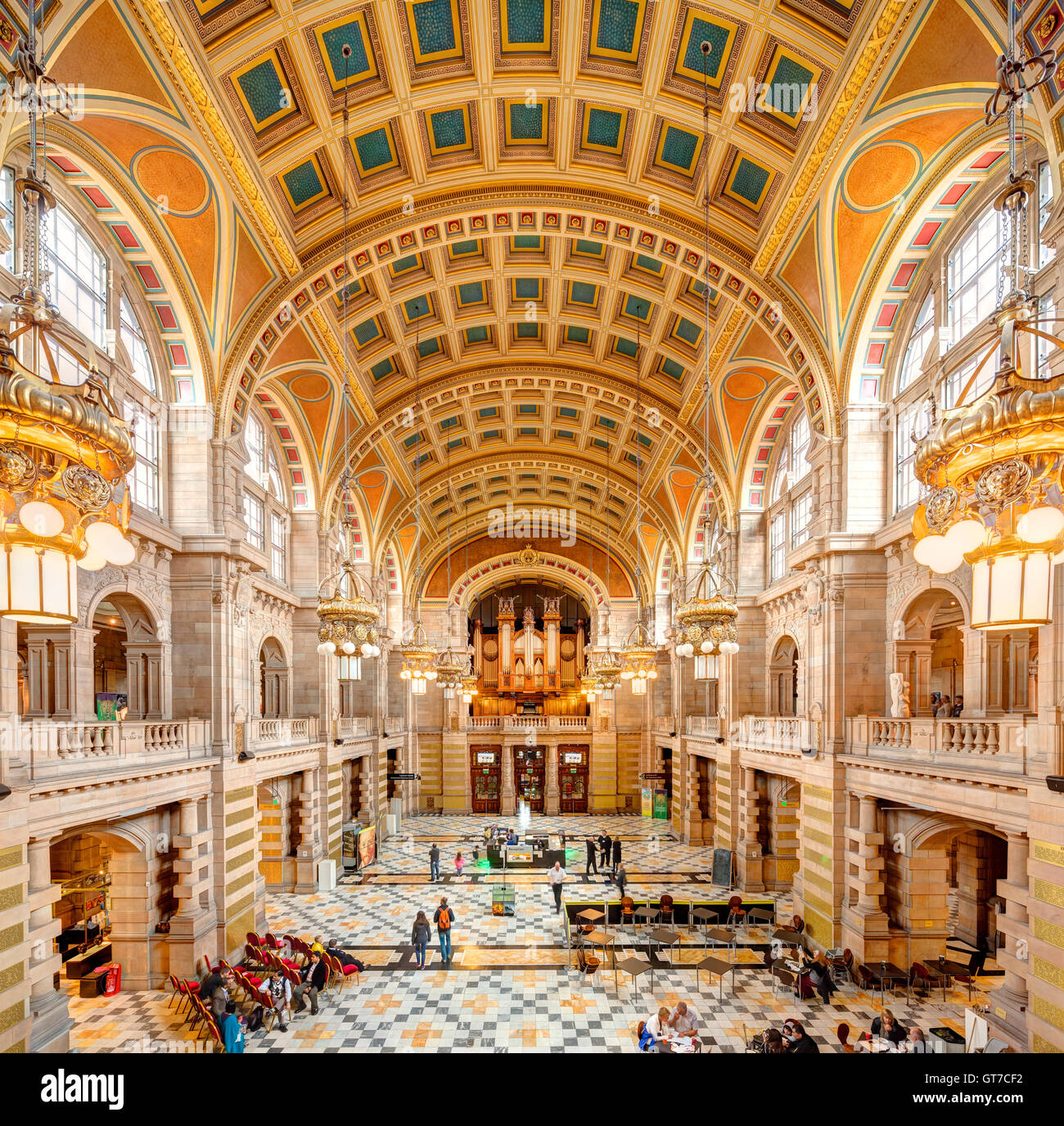 Glasgow Kelvingrove Art Gallery and Museum interior. Central Hall and entrance. - Stock Image
