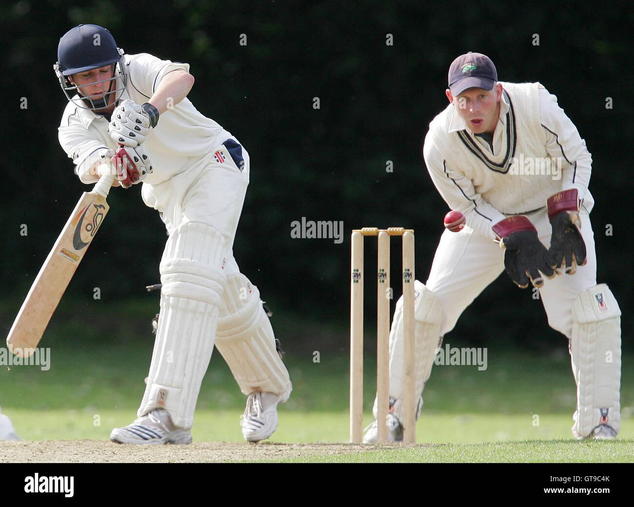 J Walton of Shenfield in batting action - Shenfield CC vs Orsett CC - Essex Cricket League - 07/07/07 Stock Photo