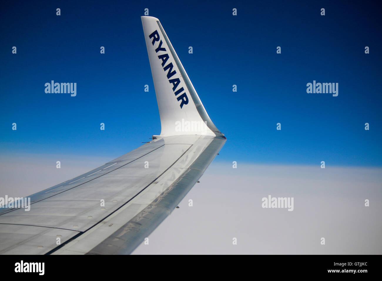 in einem Flugzeug der Fluglinie 'Ryanair' . - Stock Image