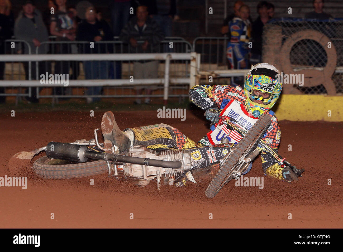 Heat 10: Doug Nicol crashes out - Hackney Hawks vs Team America - Speedway Challenge Meeting at Rye House - 09/04/11 - Stock Image