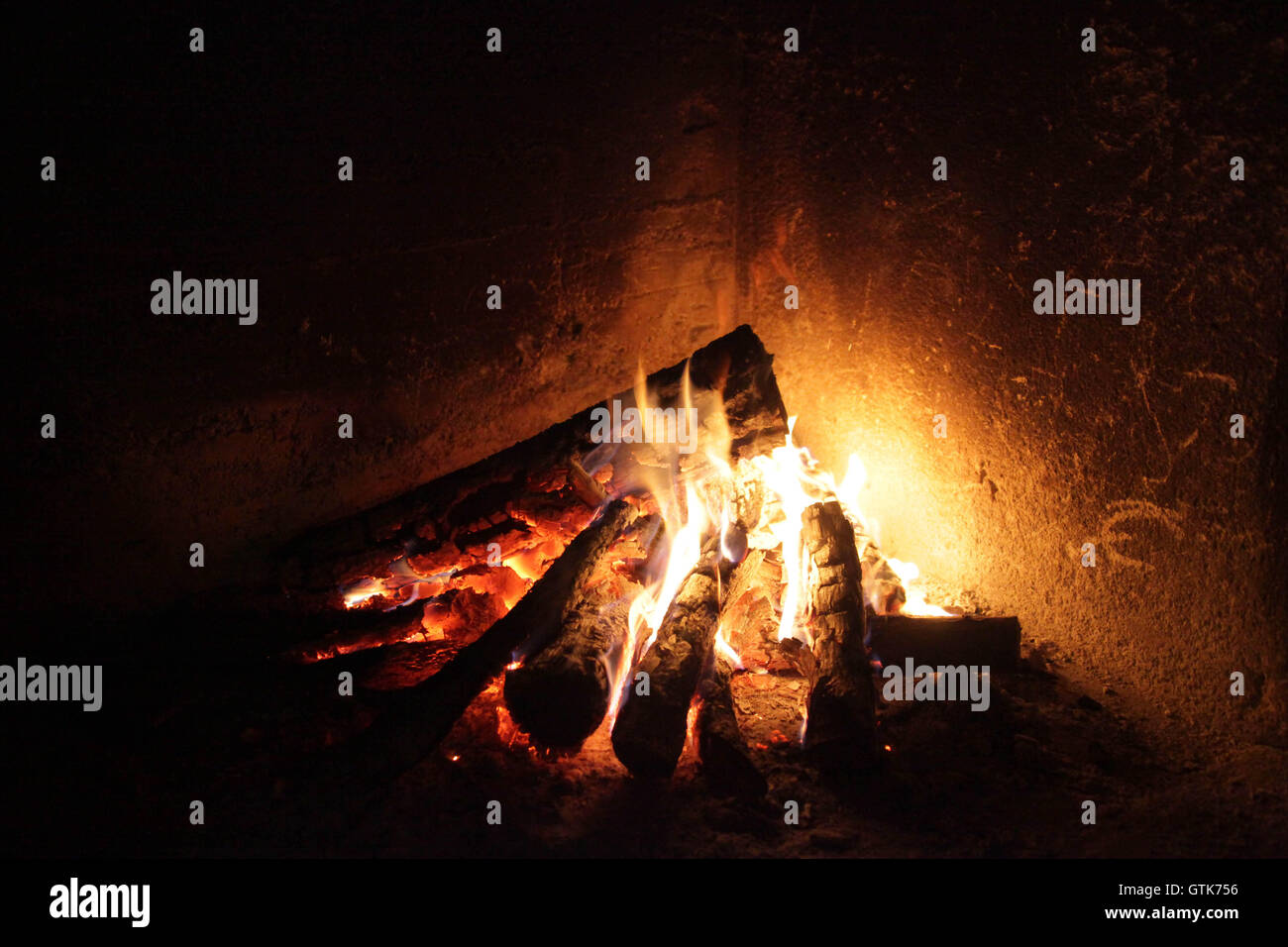 Cosy fire - Stock Image