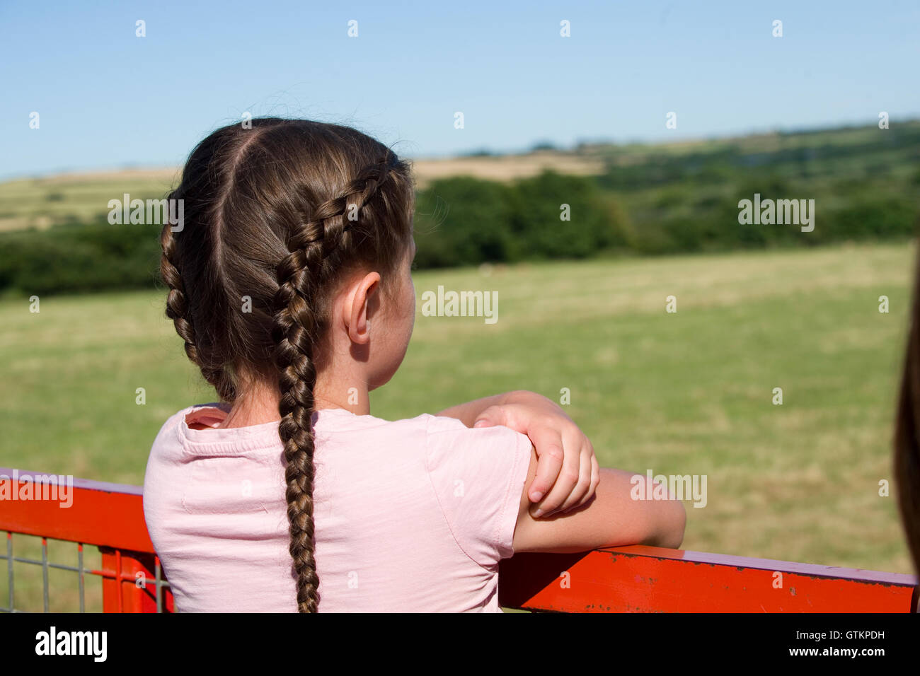 small child looking at view - Stock Image