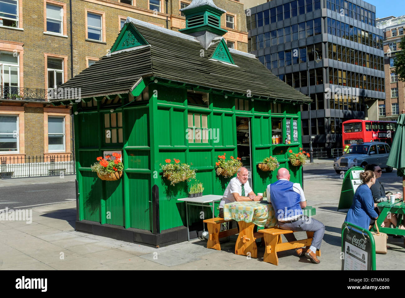 Former Taxi drivers' hut converted to cafe, Russell Square, Bloomsbury, London Stock Photo