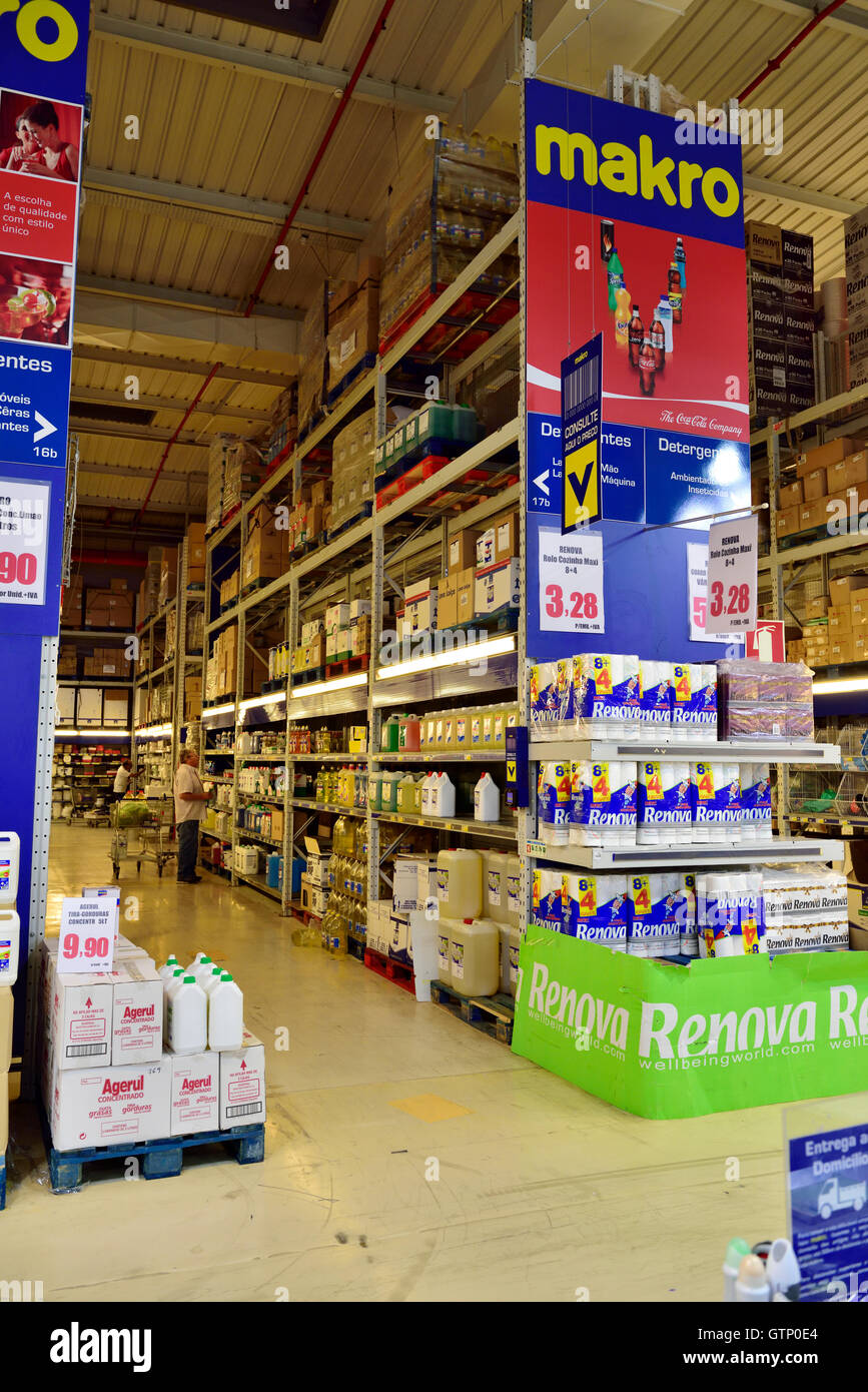 Inside Makro cash and carry wholesale and catering store, Algarve, southern Portugal - Stock Image